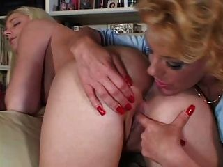 Sammy Sparks And Younger Bitch (stockings)