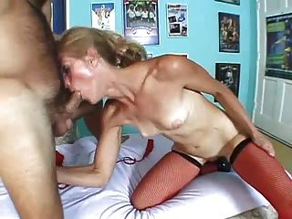 Skinny Mature Dawndi Gets Analized