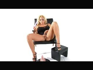 Sybian Squirting