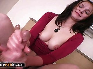 Handjob From Amateur Slut That Realy Know How Make Handjob 2