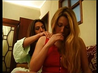 Ana Paula Melo & Cristina Junior - Portuguese Jealous Housewive Beat Down By A Hooker.
