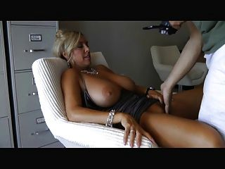 Super hot milf miss nikki 8