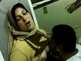 Amazing Arab Girl Fuck