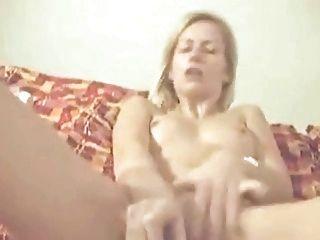 Skinny Amateur Wife Mastrubates