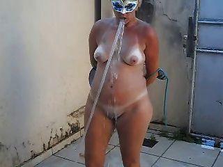 Tirando O Sal - Naked Wife After Beach  -hot Blondie