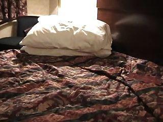 Plumper Hotel Room Solo