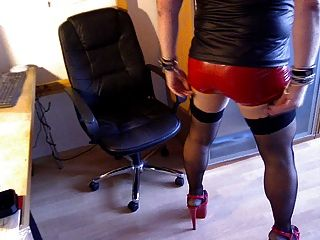 Chat Wearing Petplay Rubbermask Red Hotpants Red Heels