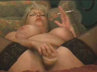 Smoking And Squirting