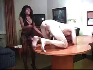 Black Girl Makes White Boy Her Bitch