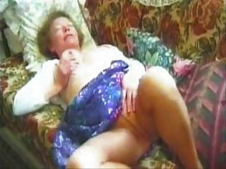 Nicely Titted Pantyhose Granny Plays