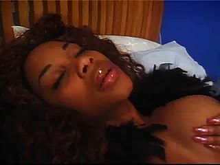 Beautiful Ebony Diddles Herself, Then Licking Her Girlfriends