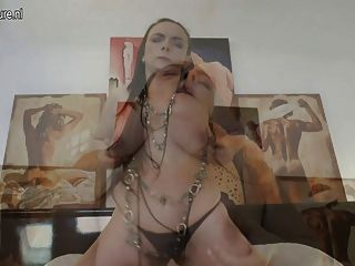 Horny Mature Mom Gets Her Hairy Pussy Wet