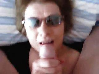 Facial - Oma Ins Gesicht Gewichst