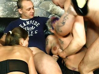 German Swinger Party - Fick-orgie Bei Freunden