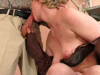 This Granny Loves To Fuck N Suck !