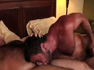 Brad Kalvo Fucks Mike Dozer
