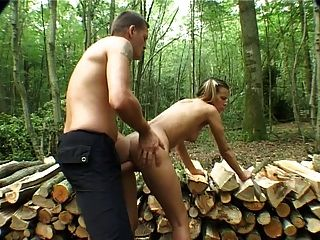 Cute Couple Outdoor Fuck