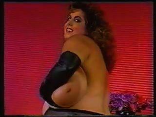 Susie & Her Tit Lickfest