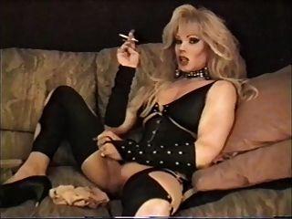 Lisa Dupree - Smoking And Stroking