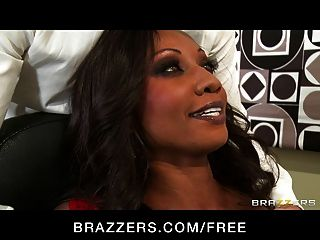 Brazzers - Hot Ebony Executive Diamond Jackson Rides Dick