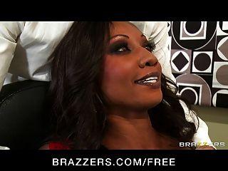 Brazzers - Hot Ebony Executive Diamond Jackson Rides Dick
