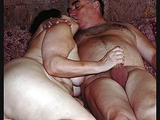 Mature Exhibitionist Couple Masturbating Then Penetrating