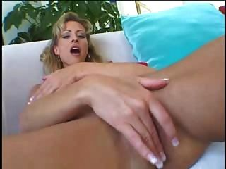 Blonde Mature Likes Two Dicks By Fdrcrn