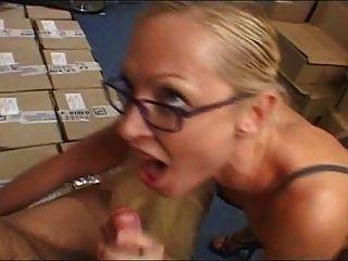 Nomi - French Pornstar (threesome)
