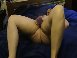 Thick Mature Lady Gets Off