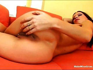 Redhead Babe Do A Masturbation