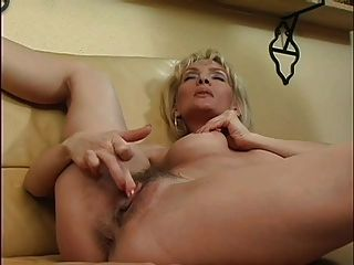 Milf Plays With Pussy