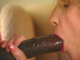 She Wraps All Her Lips Around His Big Cock