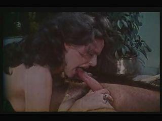 Greek Porn 70-80s (pios Tha Pidixi Ti Gorgona?) Prt2-gr2