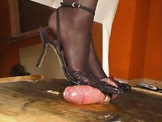 Hotlegs-black Slings Milk For Cum