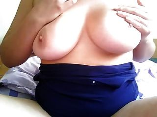 Hot Chubby Chick Webcam