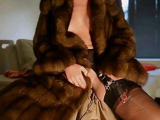 Masturbation With Fur Videos