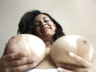 Romina Boucing