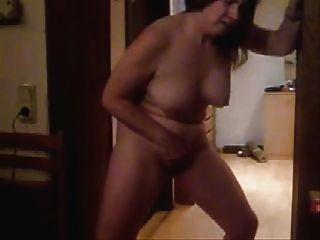 Hota Mature Wife Masturbating Standing In Front Of Cam