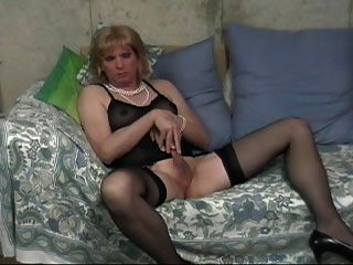 Early Donna Queen Doing Her Dirty Thing