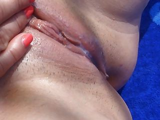 Very Very Wet Pussy!