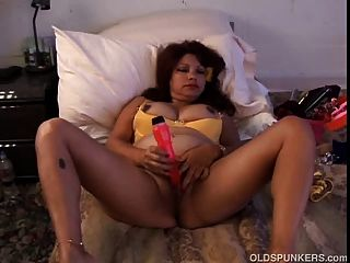 Sexy Hispanic Cougar With Big Tits Frigs Her Pussy In Front