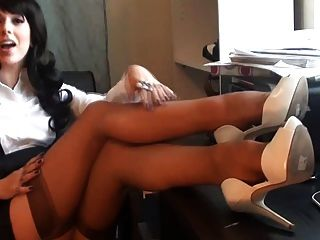Lady Boss Nylon Feet Show