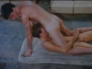 Straight Dude Takes It In The Ass For The First Time