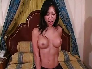 Tia Ling - 1st Time Sybian