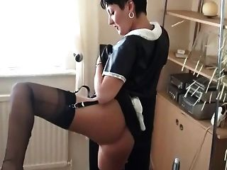 Becky Masturbating In Ff Nylons