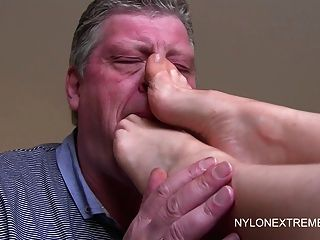 Foot Worship To Footjob