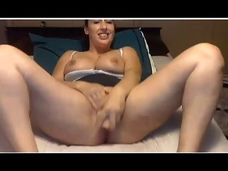 Kinky Milf Milk And Masturbation Show