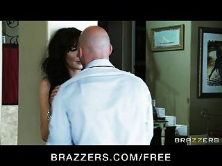 Brazzers -  Milf Diana Prince Fucked By College Recruiter