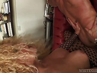 Filthy Shemale Gets Her Long Dick Licked To Jab His Ass Hard