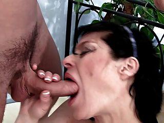 Pregnant Milf Get Sex